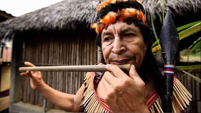 tribu shuar pueblo indígena