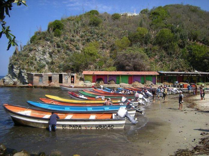 Botes en Puerto Colombia
