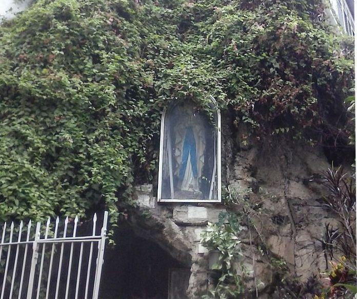 Gruta de Nuestra Señora de Lourdes