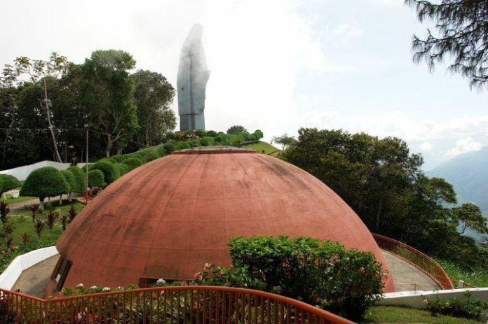 Camino al monumento