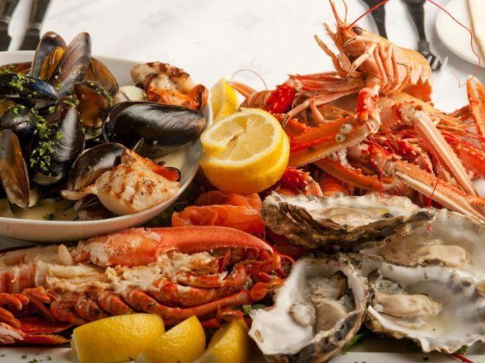 Los ingredientes marinos son la base de la cocina roqueña