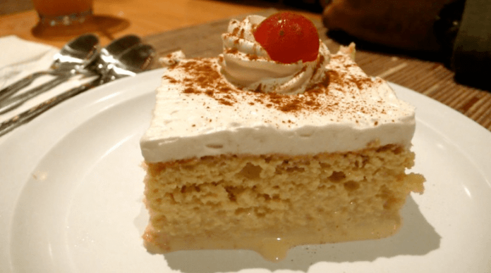 Torta tres leches