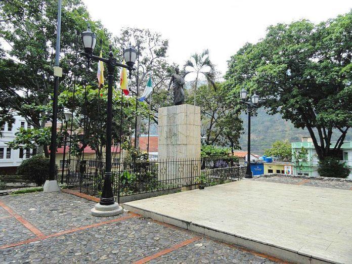 Plaza Bolívar de Tovar
