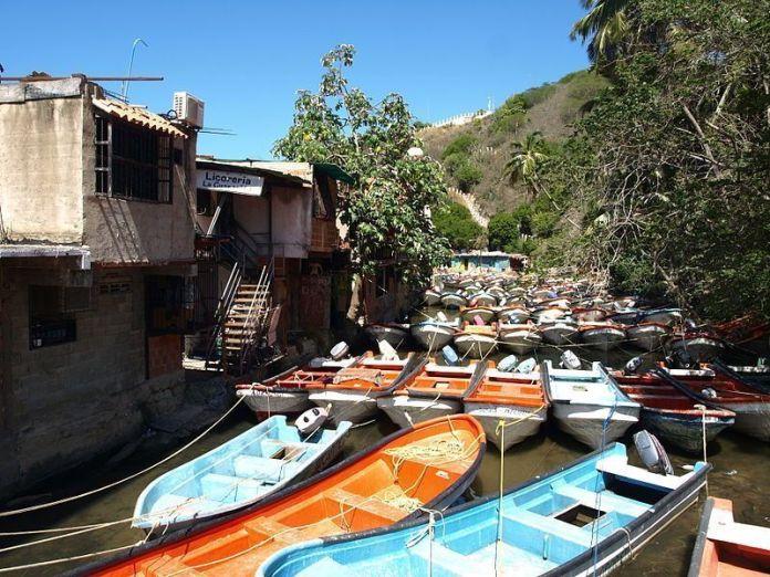 En Puerto Colombia se toman las lanchas hacia la Ensenada de Tuja