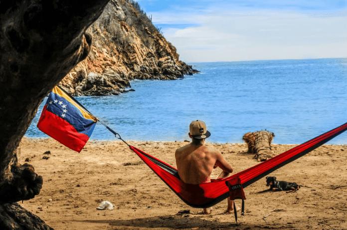 La ensenada de Tuja, un paraíso escondido