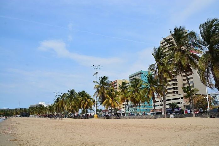Playa Paseo Colón