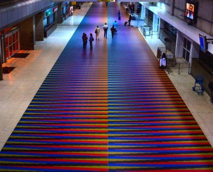 Piso del Aeropuerto Internacional Simón Bolívar