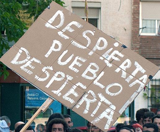 Reducir la brecha social en Chile: desafíos tanto en las garantías políticas del Estado como en un cambio cultural de la población.