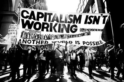Indignación Mundial: el fin de la Hegemonía Neoliberal.