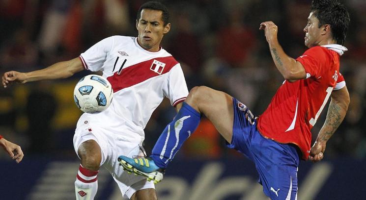 Desaciertos contra Perú, pero seguimos en carrera.