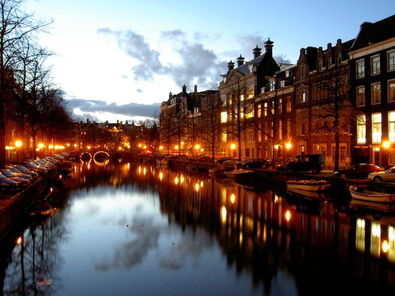 Amsterdam, y ese frío romántico y erótico