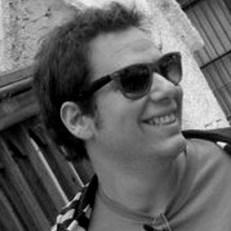 Mijael Strauss -Columnista