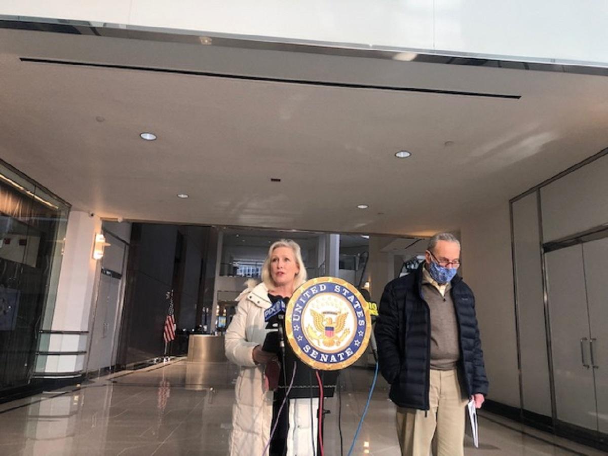 Schumer: El 'plan de rescate' de Biden podría significar un alivio de 50.000 millones para Nueva York