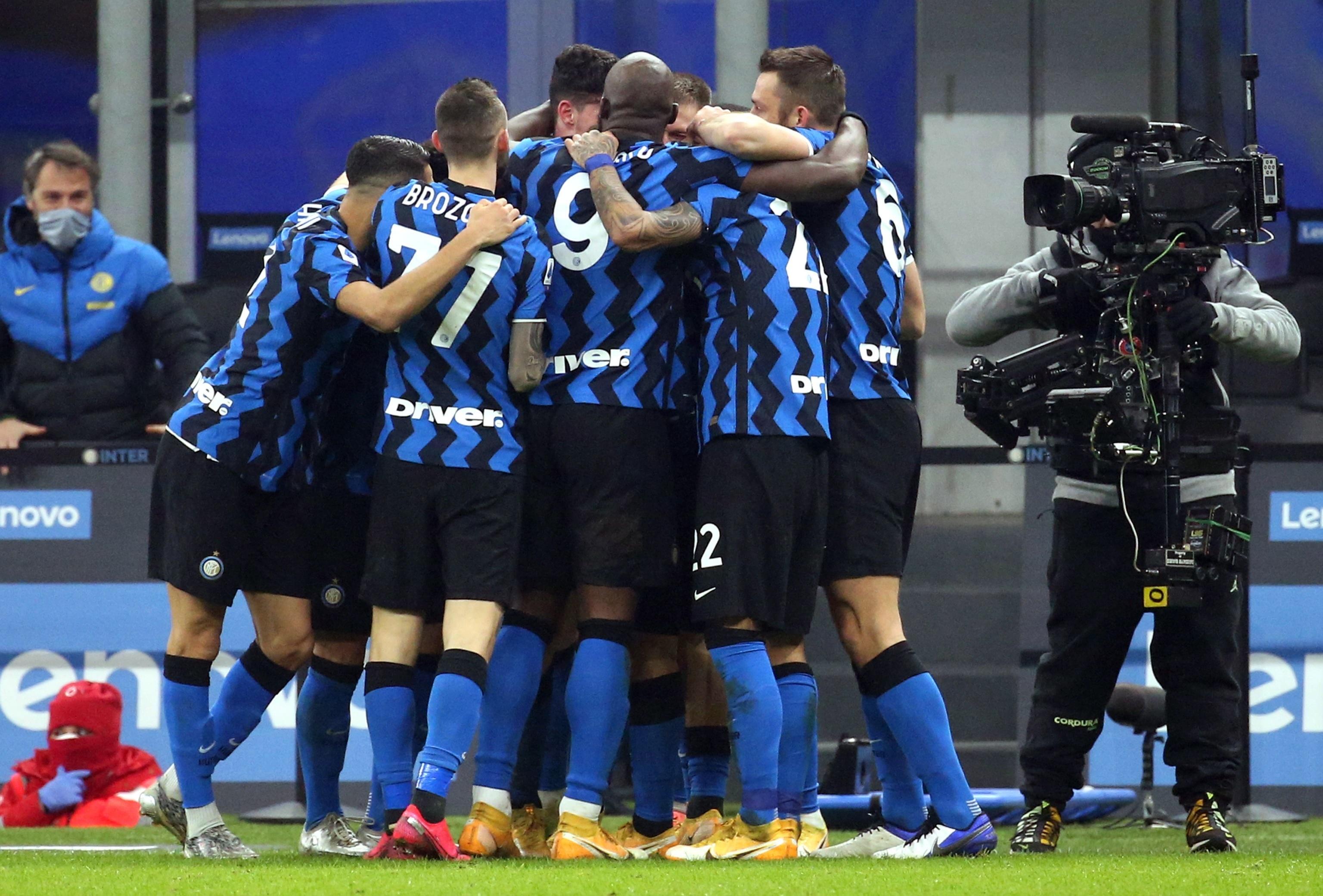 La ley del ex: El Inter de Milán exhibió a la Juventus con gol de Arturo Vidal