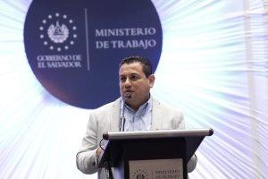 Rolando Castro inaugura el Instituto de Formación Sindical