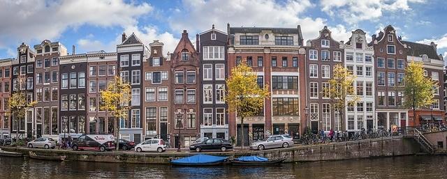 airbnb 420 amsterdam