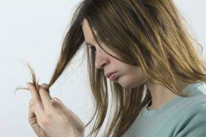 Read more about the article 10 Tips for Repairing Damaged Hair