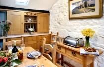 sallys-flat-kitchen