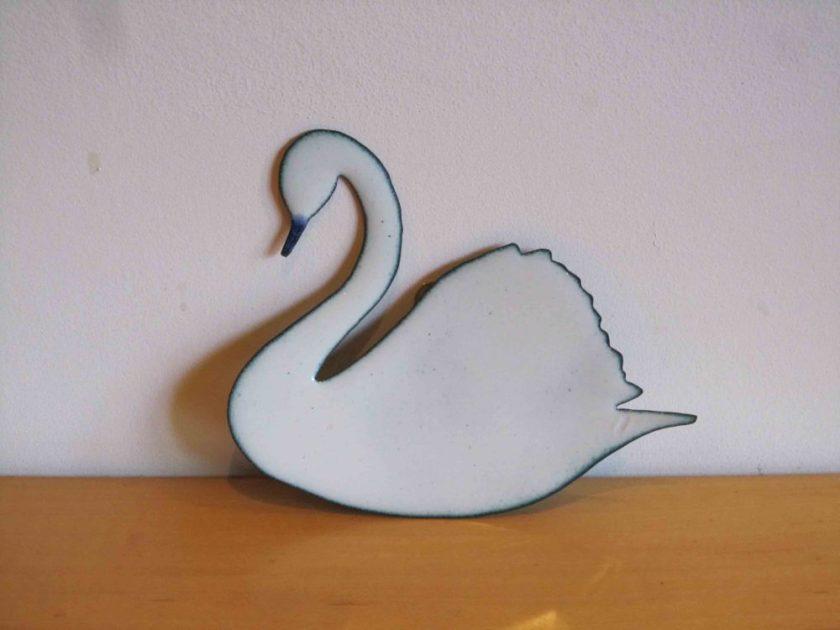 white swan wall hanging