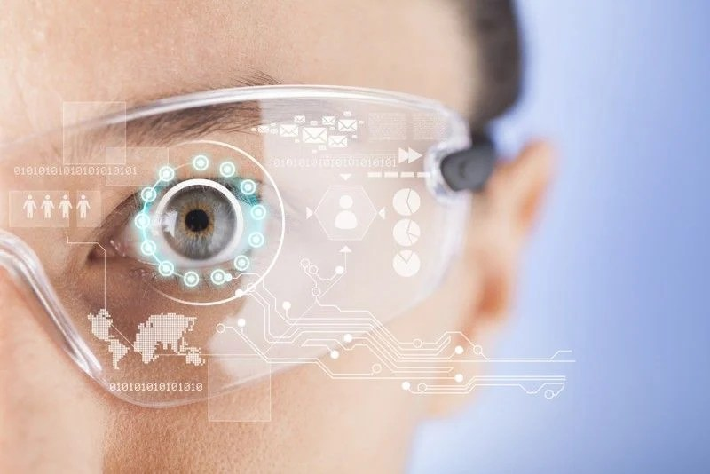 The Augmented Future Of eLearning: Augmented Reality In eLearning