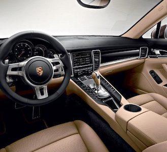 2013-Porsche-Panamera-Interior
