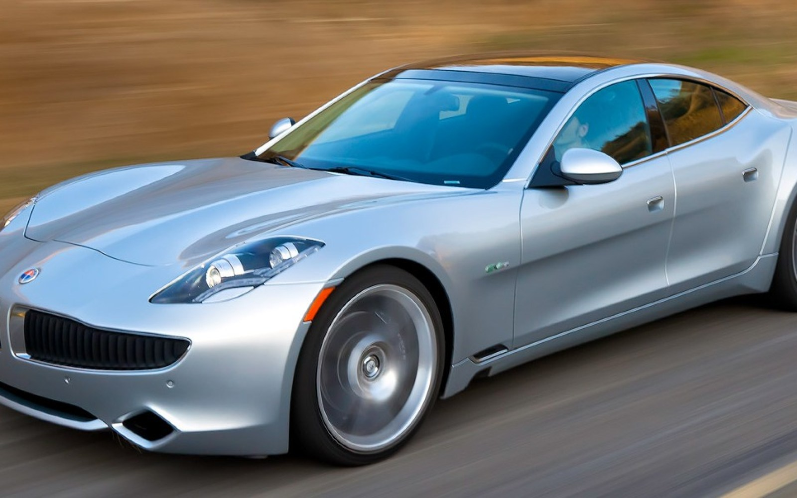 Fisker says he is bringing to market a new electric car w/ 400 miles of range using supercapacitors