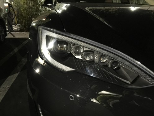 headlights tesla