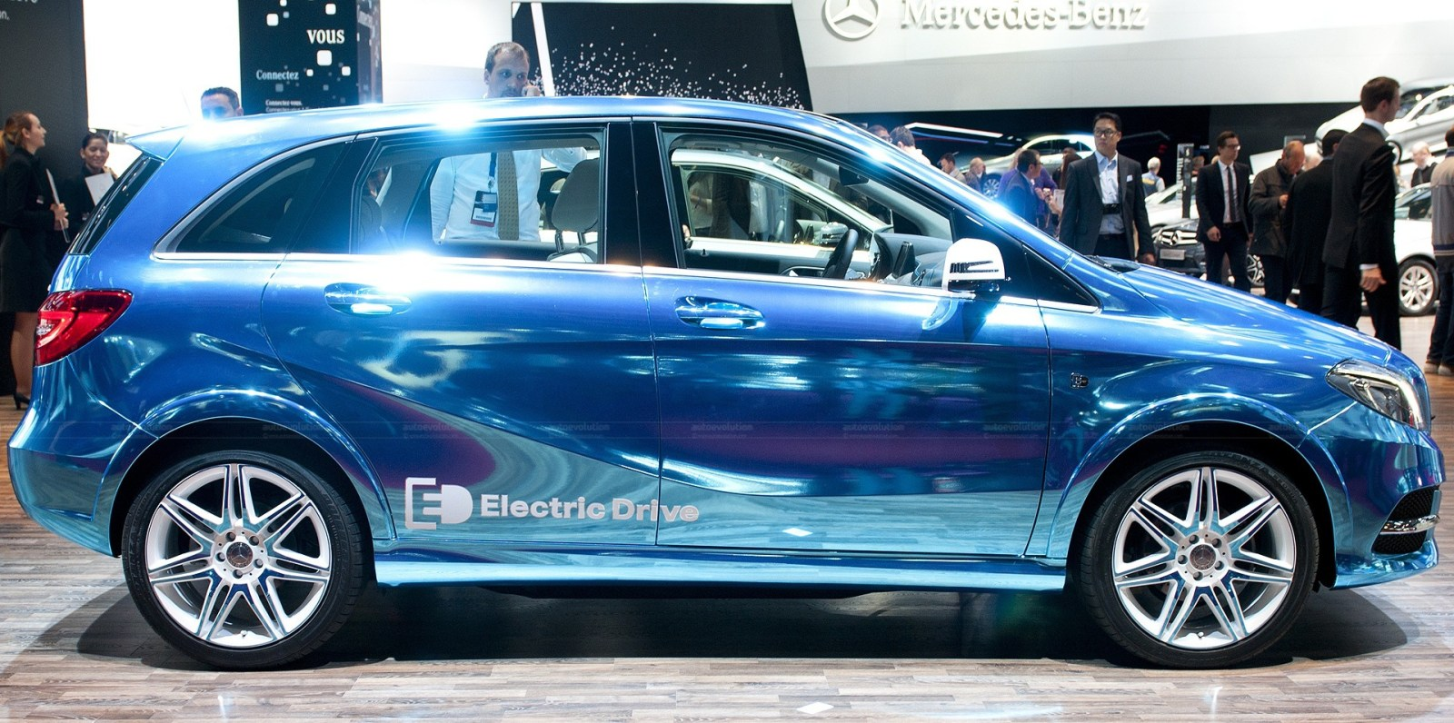 Mercedes Kills Their Only Electric Car Which They Never Actually