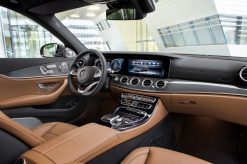 Interieur, Leder schwarz/sattelbraun Interior, leather black/saddle brown