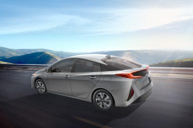 2017_Toyota_Prius_Prime_04_F64C6364D93ADA47A176EEC31F97996D849E6212