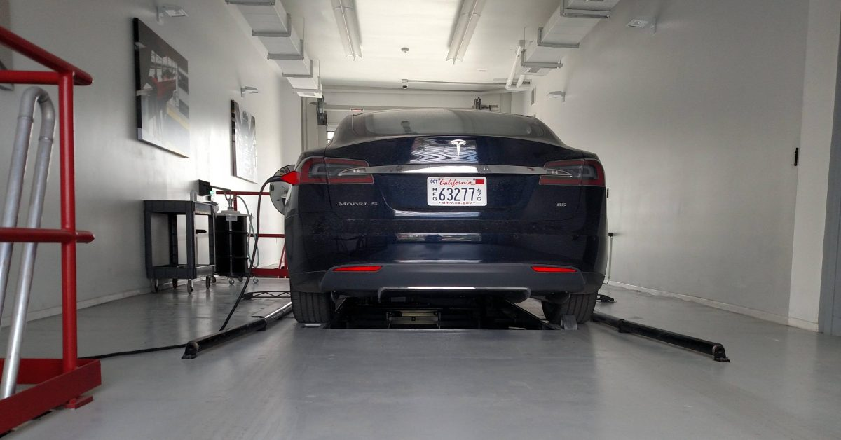 Tesla denies report that it is going back into the battery swap, takes jab at NIO in the process - Electrek