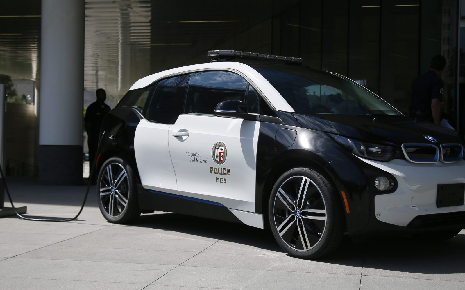 Bmw I3 Lease >> LAPD is going electric with 100 new all-electric BMW i3 vehicles - Electrek