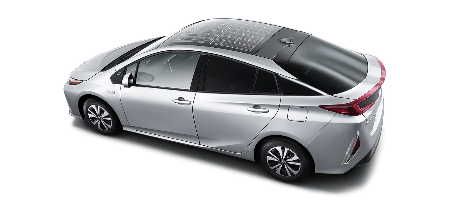 toyota brings back the solar panel on the plug in prius prime but rh electrek co Toyota Prius Solar Panels Toyota Prius Hybrid Solar Panel