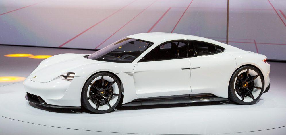 Porsche Mission E 8