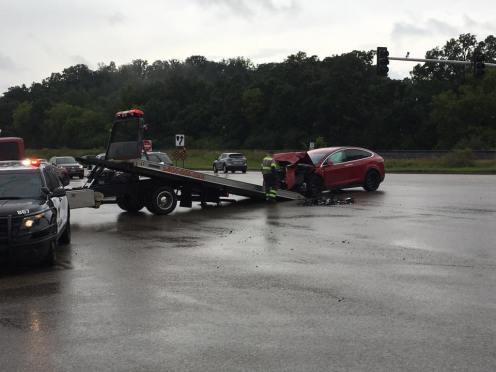 Model X accident MN 1