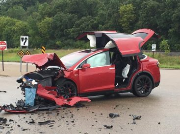 Model X accident MN 7