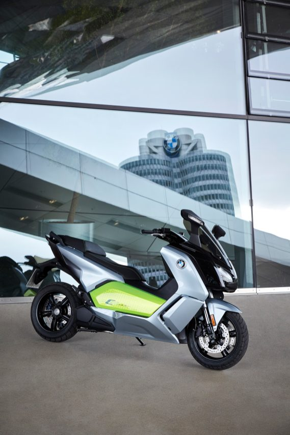 p90229573_highres_the-new-bmw-c-evolut