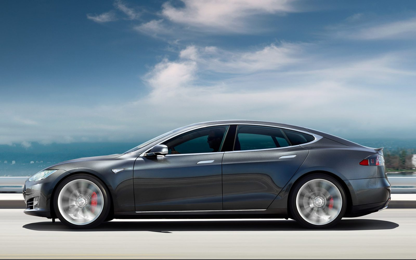 Tesla Model S re-earns Consumer Reports' recommendation on