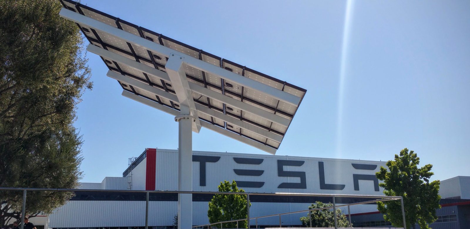 Tesla is negotiating with Indian government to start importing vehicles and build a factory
