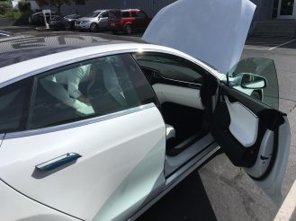 tesla-glass-roof-4