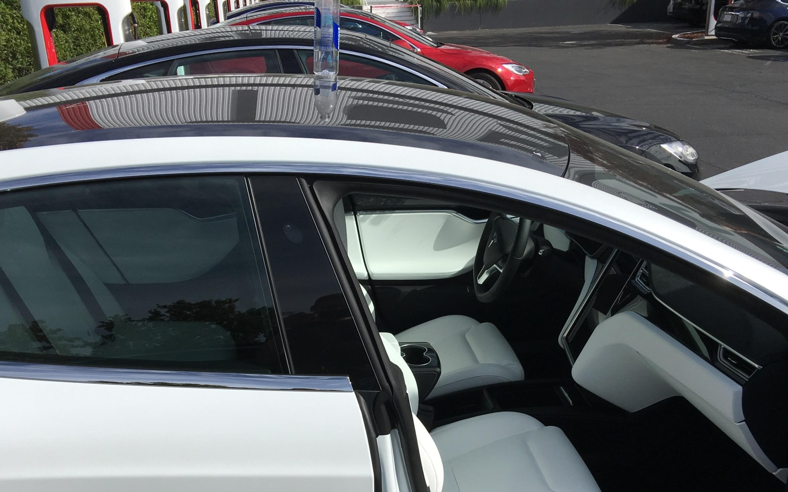 First look at Tesla's new Model 3-like glass roof on the Model S [Gallery]