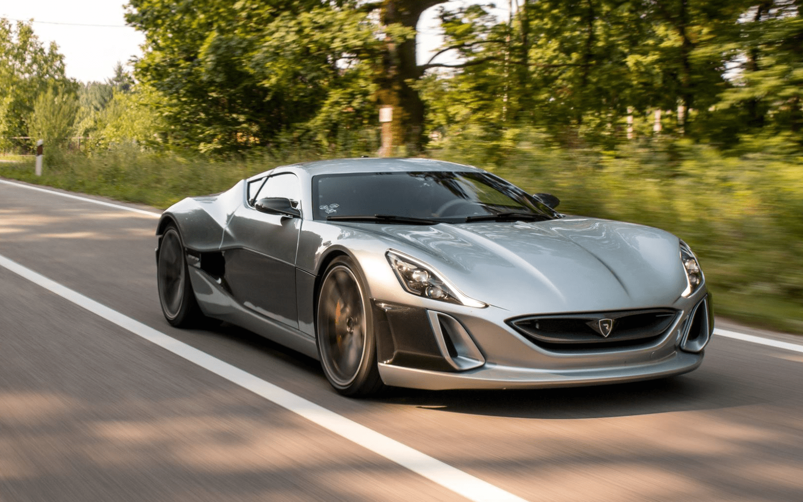 Rimac is working on a new higher performance electric supercar, says it will deliver only 8 Concept_One this year