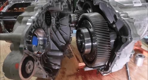 tesla-p85-motor-2