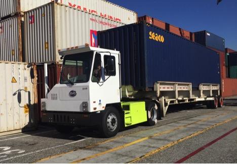 BYD electric yard truck