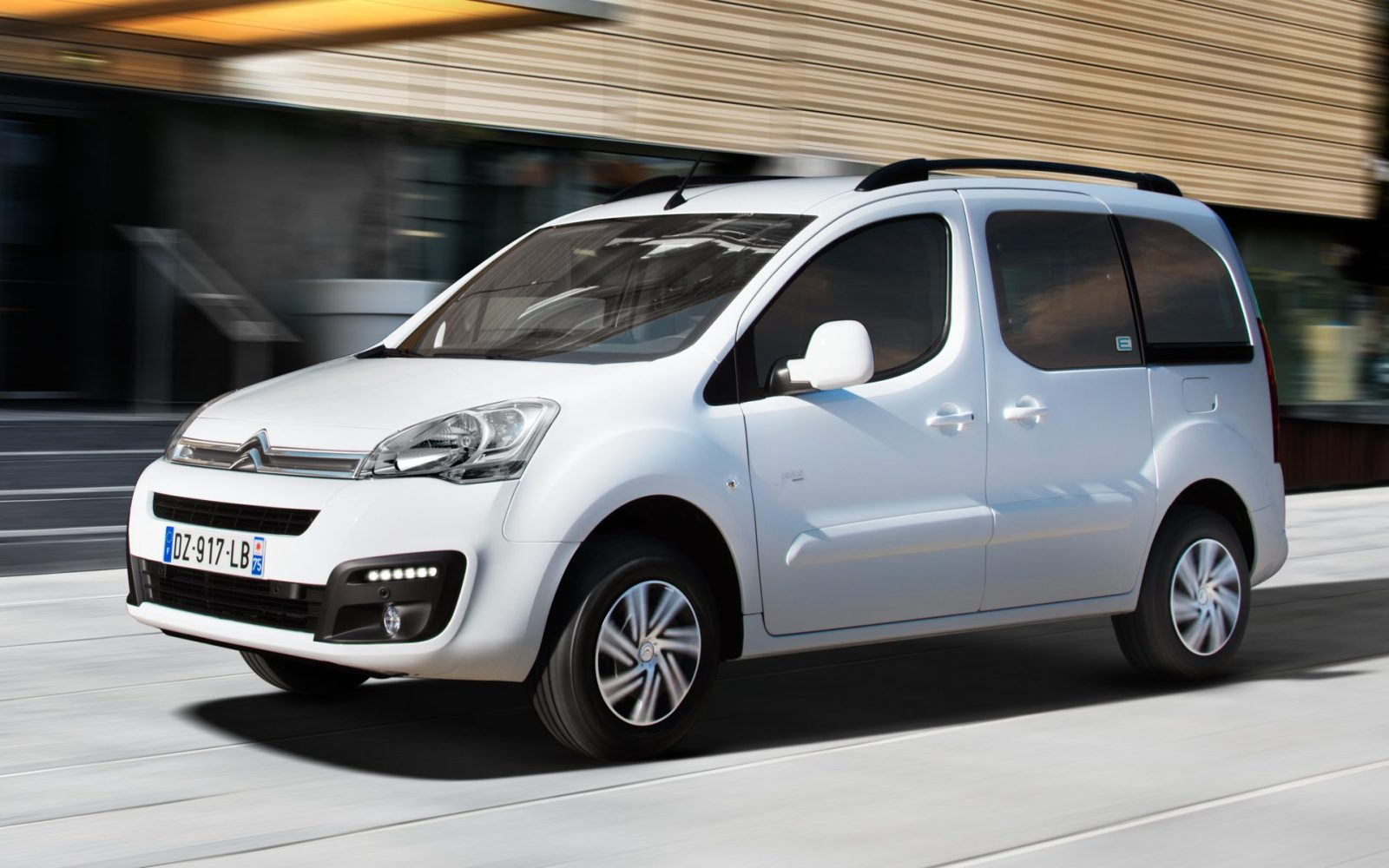 c2e20675a7 Citroën unveils an all-electric version of its Berlingo compact van ...