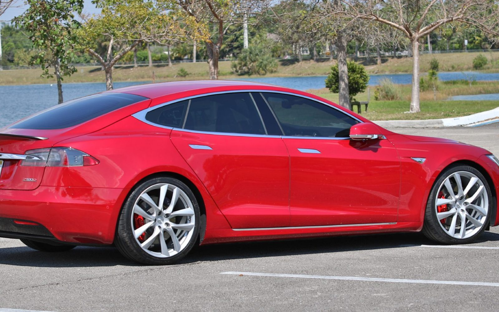 Best Tire Prices >> First tests with Tesla's new lightweight Arachnid wheels ...