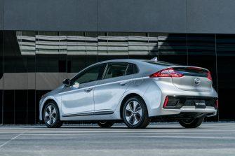 2017 Hyundai Ioniq EV (24)
