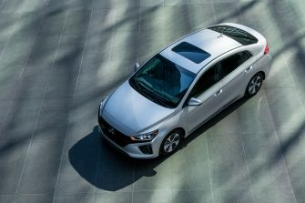 2017 Hyundai Ioniq EV (25)