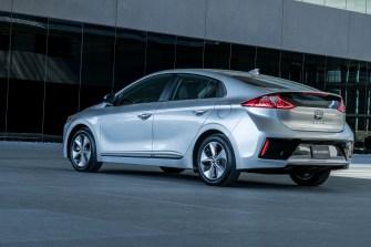2017 Hyundai Ioniq EV (29)