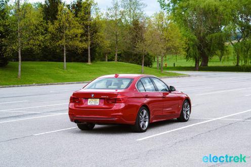 220 Electrek BMW 330e Hybrid 3 series sports sedan review